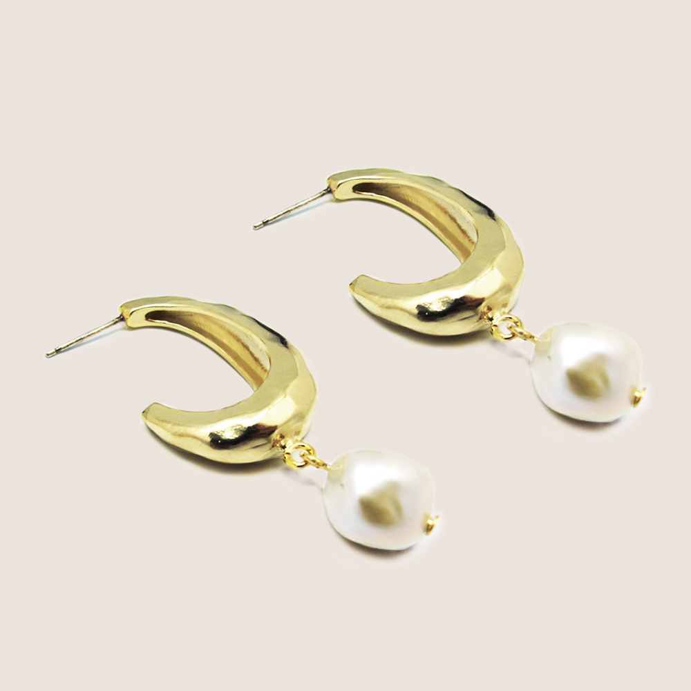 3RD-GENTLE WOMAN_EARRING 9